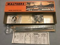HO Walthers Craftsman kit 933-7881 Coach 75' un-built kit in box Vintage