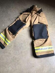 Men's Firefighter Turnout Bunker Pants Globe 28 x 30 GXTREME 2011 Small Rare Siz