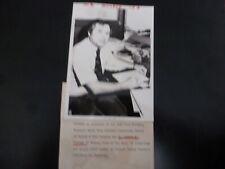Vintage Glossy Press Photo-Dr Martin Taubman Birnberg Medal Newton MA 1982