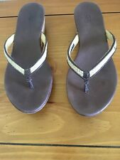 Womens UGG Australia Cork Wedge Platform Thong Sandals Leather Sz 7
