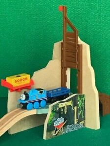 THOMAS & FRIENDS WOODEN RAILWAY MINE TRAP PLAYSET FISHER PRICE for BRIO SETS