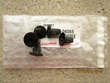 FITS: TOYOTA CELICA FRONT FENDER LINER SCREW GROMMET OEM QTY = 5 BRAND NEW