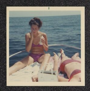 LQQK vintage 1960s photo, LOVELY SWIMSUIT SUN BATHERS ON A BOAT #67