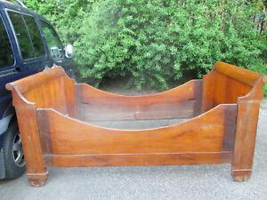 Biedermeier Bett, massiv Kirschholz