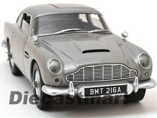 "ASTON MARTIN DB5 SILVER JAMES BOND 007 ""GOLDFINGER"" MOVIE 1:18 HOTWHEELS CMC95"