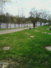 Cemetery Plots available in Deepdale Cemetery in Lansing Michigan