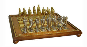 Renaissance Chess Set With Gold Trim Board