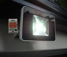 LED MIDI FLOODLIGHT MICROWAVE SENSOR 20W = 200W HALOGEN  LED and remote