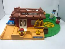 Complete Vintage Fisher Price Little People McDonald's Restaurant 1991 #2552
