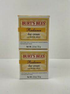 Burts Bees RADIANCE Moisturizer DAY Cream 2 oz ROYAL JELLY Creme - Fast Shipping