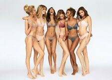 """Stella Maxwell Taylor Hill in a 11"""" x 17"""" Glossy Photo Poster 2915"""