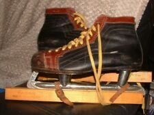 New listing PAIR of VINTAGE FAGAN GENTS Size 8 ICE SKATES & COVERS Black & Brown SWEDEN