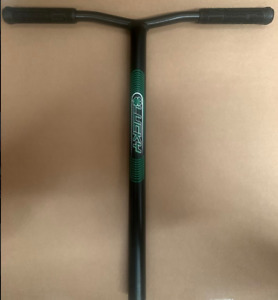 Lucky Crew Bar Black/Green 600mm Length/ 580mm Width (Black Grips Included)
