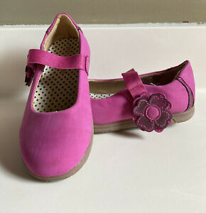 CARTERS GIRLS SHOES SIZE 9 M