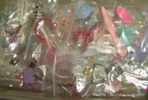 BARBIE SMALL ACCESSORIES ~  HAIR BRUSHES, TIARA'S , + MORE ~ UPDATED 08/02/21