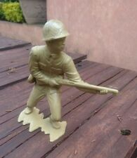 1970s MEXICO BOOTLEG PLASTIMARX PLASTIC JAPANESE SOLDIER PAINTED WITH RIFLE