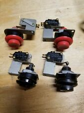 Nintendo Arcade Buttons With Switches Used (lot of  4 working buttons!!!