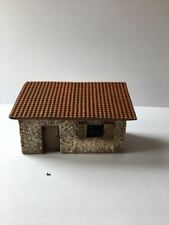 28mm ROMAN BUILDING  SLOPING ROOF  - GR24P - PAINTED - GANGS OF ROME - 1ST CLASS