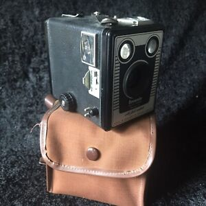 Vintage Kodak Box Brownie Model D Six 20 Camera With Original Case Collectable