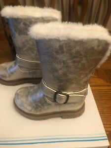 NWT Toddler Girls Boots Gold Zipper Faux Fur Buckle Size 6 NEW IN BOX Carters