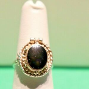 Vintage Sterling Onyx Poison Pill Ring 5.3 Grams Size 7