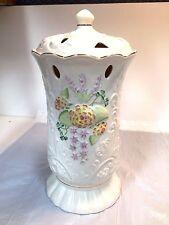 Belleek Glendarragh Covered Vase 1900/3350 limited edition