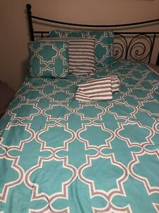Cynthia Rowley Twin XL Comforter Set Turquoise/Gray Sheets Accent Pillow Case