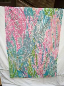 Lilly Pulitzer ?? No Label Shower Curtain Let's Cha Cha ??