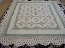 Nice Green & Rose Hummingbird Pattern w/Frames Quilt