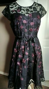 Stunning Phase Eight Dress Fit N Flare Size 14 Embroidered Embellished Belt