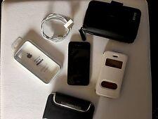 I Phone 4 s mit diversen cases und bumper