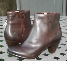 FRYE PHOEBE BOOTIE US 7.5 Woman's Ankle Boot Brown