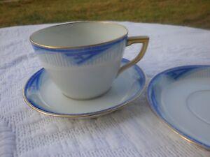 Tasse à Thé/Café & 2 Soucoupes en porcelaine Décor Art-déco Années 30