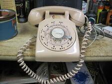 ROTARY DIAL DESK TELEPHONE PHONE ITT WESTERN ELECTRIC HARVEST BEiGE TAN RETRO