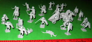 NICE LOT OF VINTAGE H/O SCALE AIRFIX ROMANS...........
