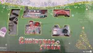 NEW CHRISTMAS TRAIN SET 106PCS INC. TREES SANTA SNOWMAN BIG TRACK 151CM X 109CM