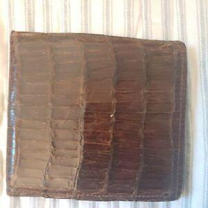 Vintage INDUSTRIA ARGENTINA Leather Wallet Alligator Crocodile Brown