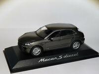 Porsche MACAN S diesel de 2014 au 1/43 de Minichamps WAP0201510E