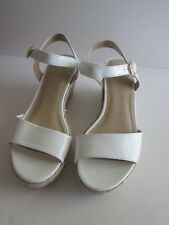 shoedazzle WHITE PATENT Espadrille Wedge SANDALS 7 NEW Womens SHOES