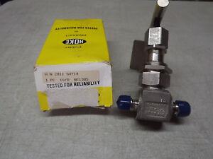 """Hoke Union Bonnet Needle Valves 2811G4Y Stainless Steel Range,1/4"""" NPT NEW"""