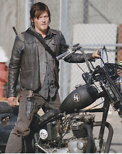 DARYL DIXON  ~ 8x10 Photo ~ THE WALKING DEAD ~Great picture for Autograph