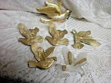 (6) Christmas Tree Ornaments Plastic Gold Birds And Peace Dove