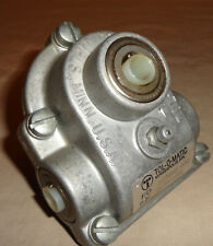 """Tolomatic 01060100 Gearbox Tol-O-Matic 1/2""""X1/2"""" LH 1:1 NEW"""