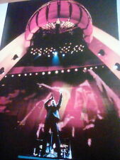 U2 1997 Las Vegas Pop Mart Tour Bono Music Book 27x20cm to Frame?