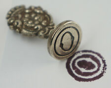 "Small Petschaft, Siegellack-Stempel, Metal, Monogram Engraving "" o "" . (P8)"