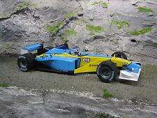 Universal Hobbies Mild Seven Renault R202 2002 1:18 #14 Jarno Trulli (ITA)