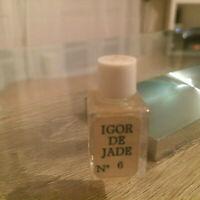 Ancienne Miniature de Parfum IGOR de JADE n° 6, 2 ml Pleine RARE