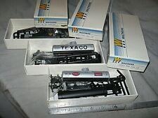A5200 HO 3 WALTHERS, 36' TANK CARS, SHELL,TEXACO, HUMBLE, plastic kits