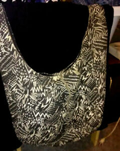 LARGE TOTE BAG BY ARIZONA, GREEN AND WHITE DESIGN