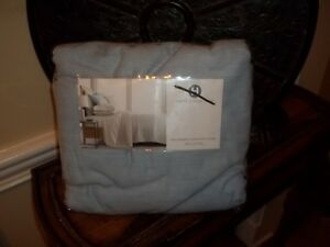 New Hotel Collection Yarn Dyed Cloud Blue 525TC Full/Queen Duvet Cover